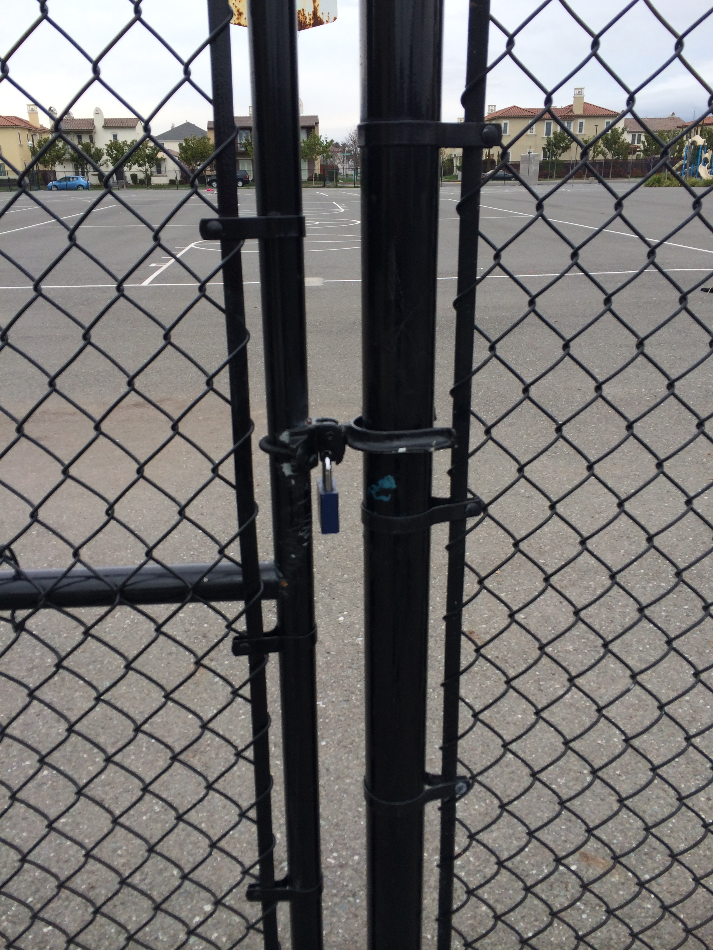 Tell the guards to open up the gates!   Blogging Bayport Alameda